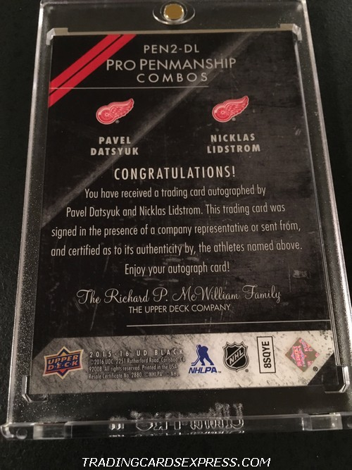 Pavel Datsyuk Red Wings Nicklas Lidstrom Red Wings 2015 2016 UD Black Pro Penmanship Combos Autograph Card PEN2DL 13 15 Back